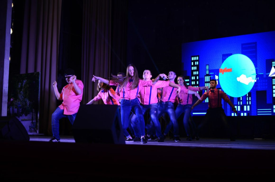 Турнир по КВН среди школьных команд на «Кубок мэра»