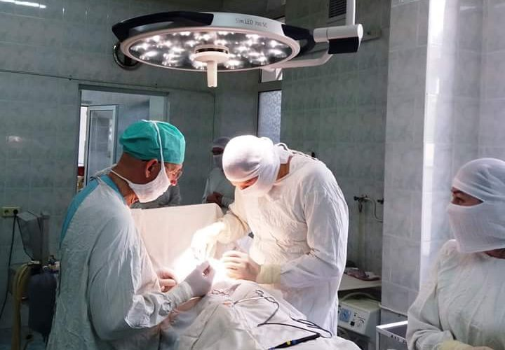 Видеоэндоскопичная система и операционный стол для детской больницы